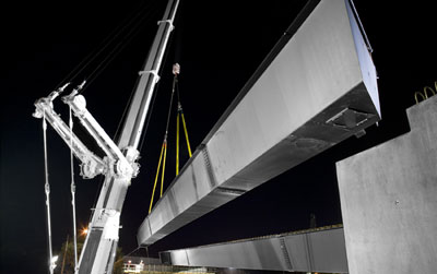 EastLink, a 45 kilometre freeway connecting Melbourne's south-eastern suburbs, uses XLERPLATE® steel in bridge girders.